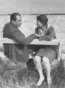 Ehepaar Leber auf einer Bank, Travemünde