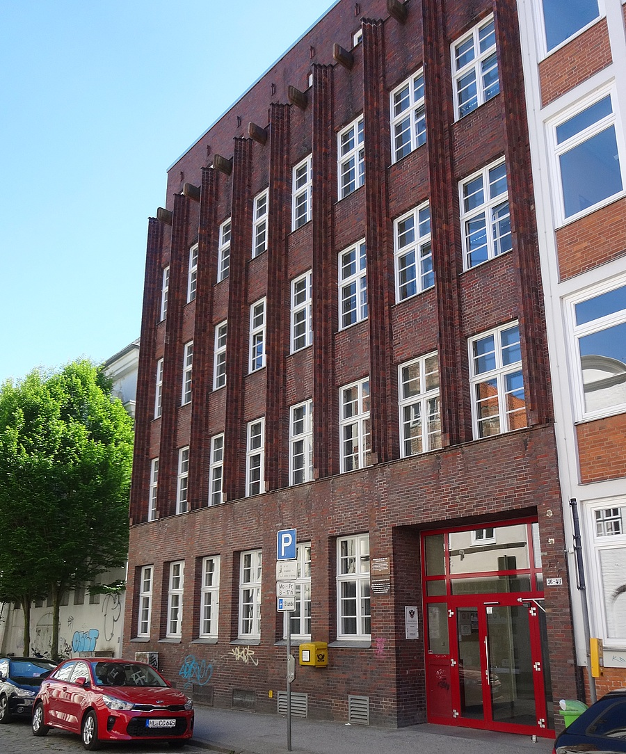 Rotes Backsteingebäude