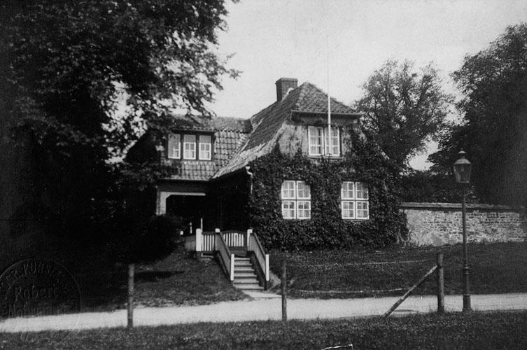 Haus mit Efeu